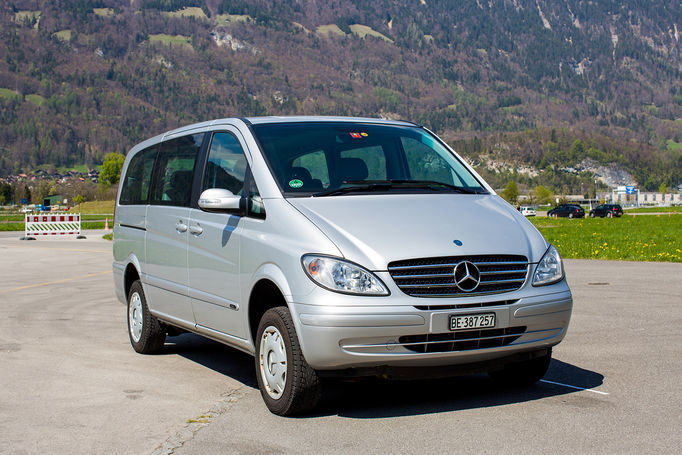 Zoom: Oberland Tours | Mercedes Viano 4x4